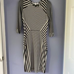 Fitted and very comfortable DVF midi dress